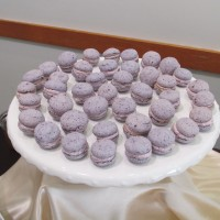 "Let's French ""Macaron"" Kiss (mini blueberry)"