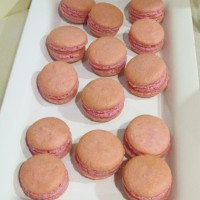 "Let's French ""Macaron"" Kiss (morello cherry)"