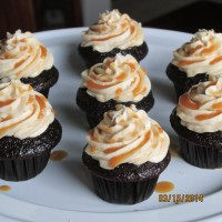 """Pour Salt into the Wound"" Caramel Mini Cupcakes"