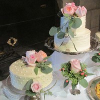 Seattle Golf Club Wedding Cakes