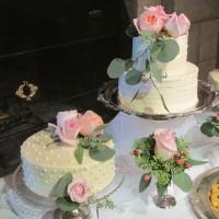 Seattle Golf Club Wedding Cakes